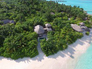 Six Senses Laamu Ocean Beach Villa mit Pool